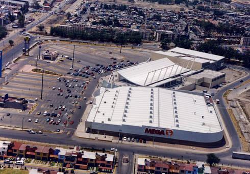 Centro San Miguel - MAC Arquitectos Consultores: Casas de estilo moderno por MAC Arquitectos Consultores