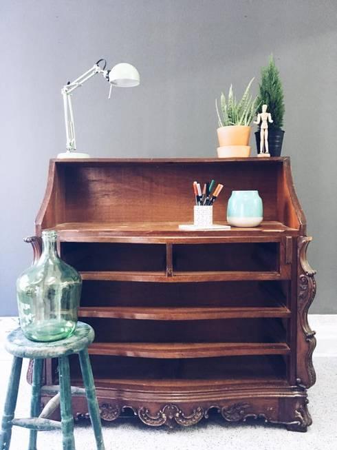 Antes: Casa  por Rafaela Fraga Brás Design de Interiores & Homestyling