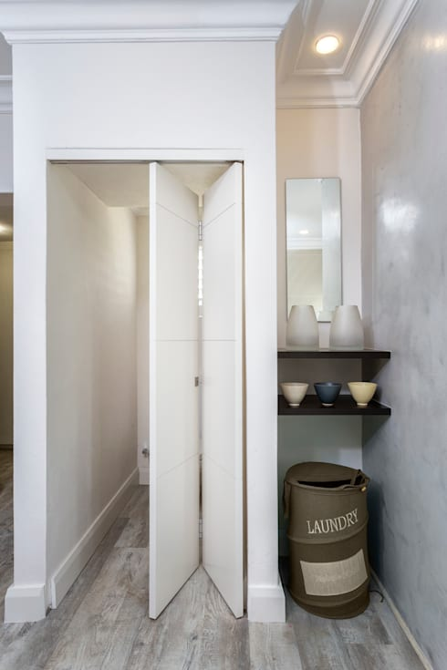 New Toilet and storage area to main bathroom:  Bathroom by Deborah Garth Interior Design
