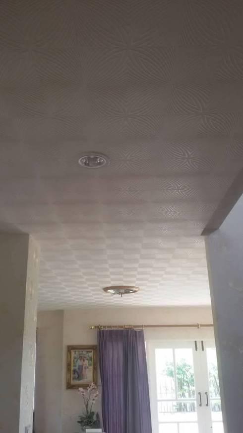 ผลงงาน ติด wall paper ทั้งหลังครับ + ติดเพดาน:   by Asbefer