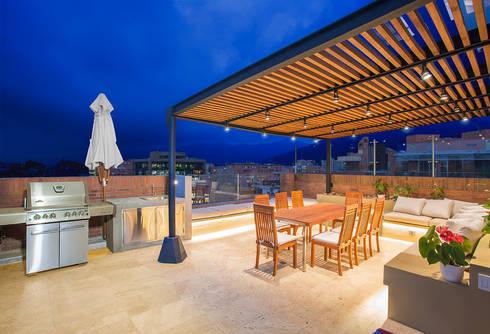 Apto Cr 19 – Cll 88: Terrazas de estilo  por Bloque B Arquitectos
