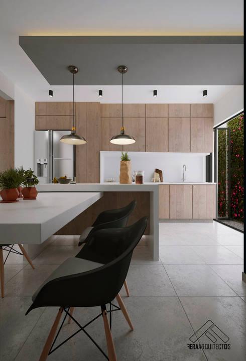 COCINA- COMEDOR: Cocinas de estilo minimalista por FERAARQUITECTOS