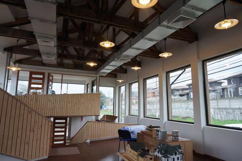 Oficinas ABN - Antiguo Matadero: Edificios de Oficinas de estilo  por Naritelli-Bravo Arquitectos