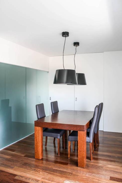 CASA JG:   por Guillaume Jean Architect & Designer