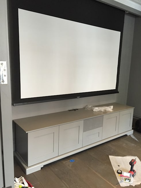 Shaker style AV cabinet and storage unit with in built centre ...