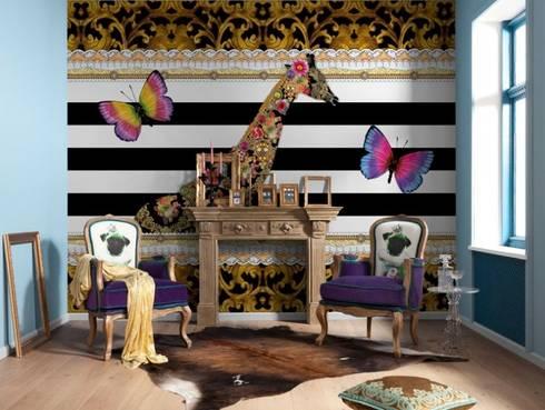 Papel de parede Wallpaper www.intense-mobiliario.com  FOTOMURAL GIRAFFE http://intense-mobiliario.com/pt/fotomurais/4610-fotomural-giraffe.html?search_query=Fotomural+Giraffe&results=1: Paisagismo de interior  por Intense mobiliário e interiores;