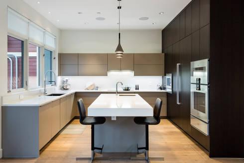 Kitchen: modern Kitchen by Alice D'Andrea Design
