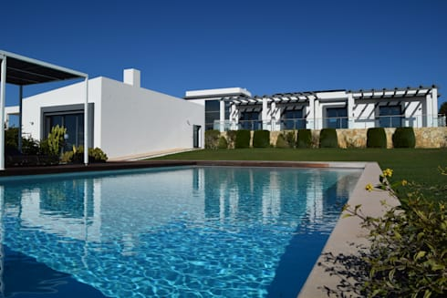 breathtaking infinity pool in estoi algarve by engel. Black Bedroom Furniture Sets. Home Design Ideas