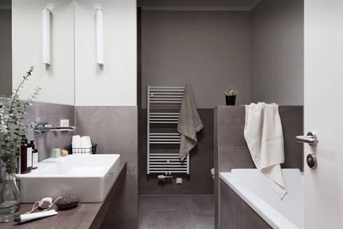 Bathroom:   by SALTY INTERIORS
