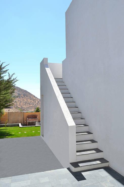 Casa en Pendiente 1: Pasillos y hall de entrada de estilo  por Marcelo Roura Arquitectos