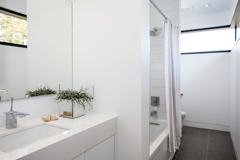 New Build-Staging: modern Bathroom by Frahm Interiors