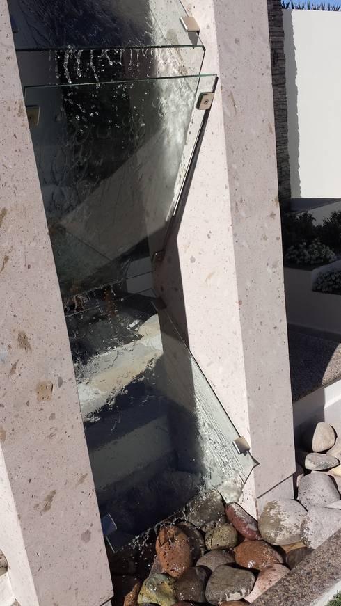 Taman by Daniel Teyechea, Arquitectura & Construccion