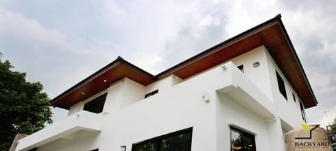 งานก่อสร้างบ้าน SERITHAI HOUSE:   by Backyard Construction
