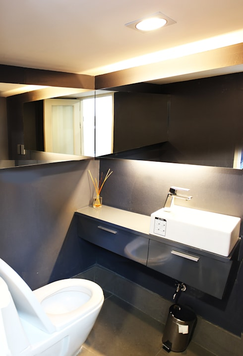 ห้องน้ำ:  อาคารสำนักงาน ร้านค้า by Backyard Construction