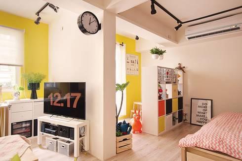 客廳/臥室:  客廳 by 一葉藍朵設計家飾所 A Lentil Design