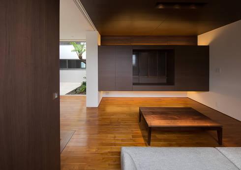 仏間: Atelier Squareが手掛けた和室です。