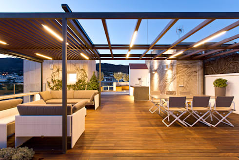 Terraza en barcelona de garden center conillas s l homify - Garden center barcelona ...