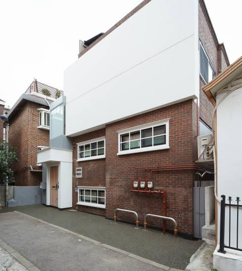 Rumah by 공상플래닛