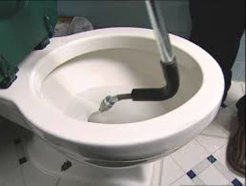Toilet unblocking project:   by Plumbers johnnesburg