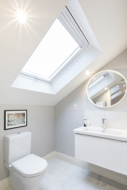 Major renovation, extension and loft. Fulham W6: modern Bathroom by TOTUS