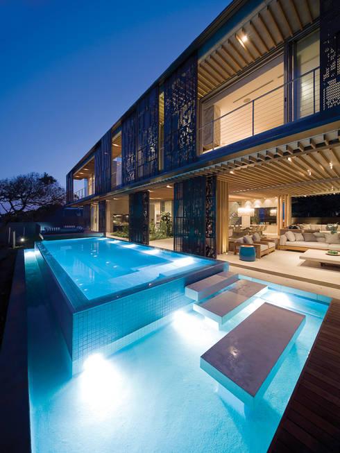 La Lucia: eclectic Pool by ARRCC