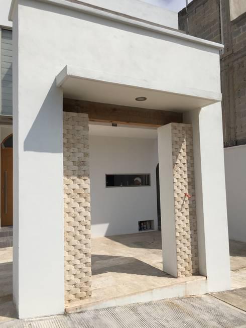 Detalle: Casas de estilo moderno por Cahtal Arquitectos