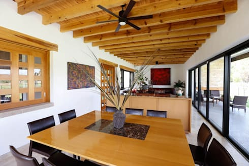 Balvanera St. Andrews: Comedores de estilo moderno por Arquitectura MAS