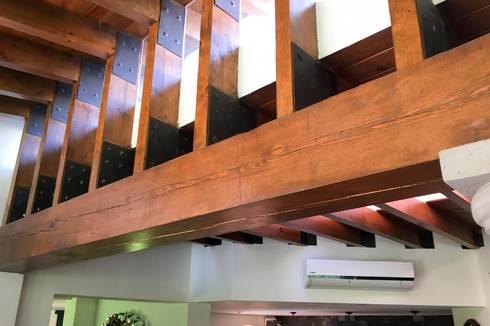 Salón de Juegos: Paisajismo de interiores de estilo  por Arquitectura MAS