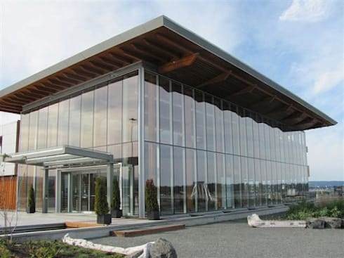 Elevation:  Commercial Spaces by NEW AGE ARCHITECTURAL SYSTEMS.