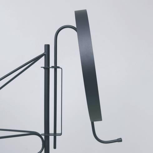 Radio Googoo: minimalistic Dressing room by Joe Paine