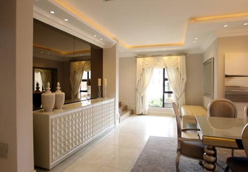 Ebotse Estate: classic Dining room by Tru Interiors