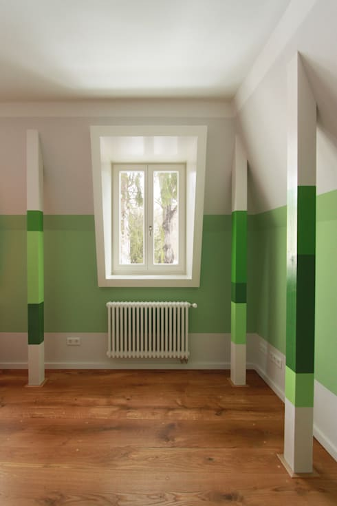child´s room: classic Nursery/kid's room by brandt+simon architekten