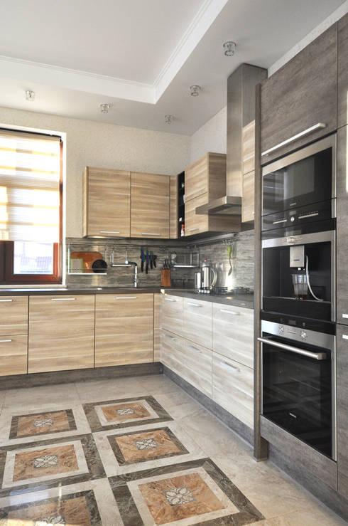 Cinnamon - солнечный минимализм: Кухни в . Автор – Irina Derbeneva