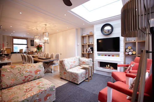 Modern colonial London home: colonial Living room by Kim H Interior Design