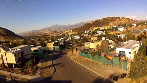 VIVIENDA EN CHICUREO, CONDOMINIO LA RESERVA: Terrazas  de estilo  por ARQUITECTURA VANGUARDIA