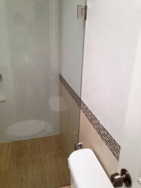 Remodelación Baño :  de estilo  por L&G Arquitectos