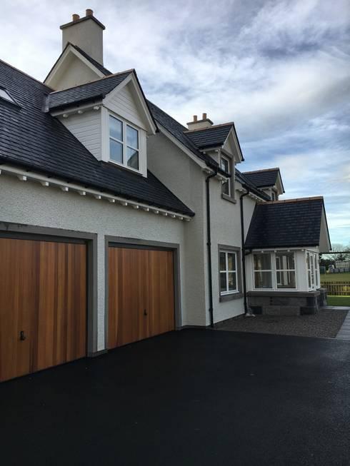 Casas de estilo  por Roundhouse Architecture Ltd