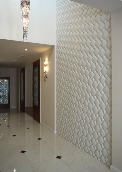Walls & flooring by 株式会社 虔山