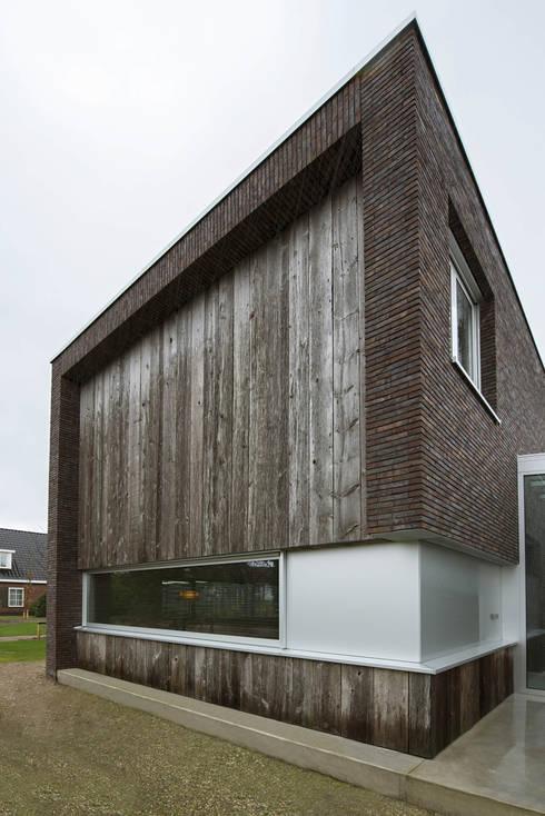 Voorgevel:  Huizen door Lab32 architecten