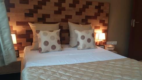 Bedroom: modern Bedroom by Nandita Manwani