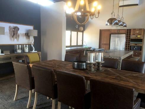Dining & Kitchen Area: modern Dining room by Katie Allen Decor & Design/Urban Yuppi