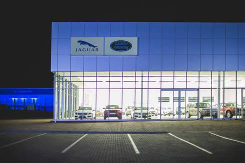 Jaguar Landrover:  Commercial Spaces by Swart & Associates Architects