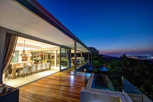 House Auriga: modern Houses by Swart & Associates Architects