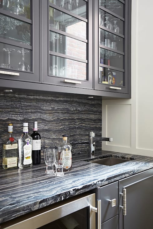Bar Area: classic Kitchen by Douglas Design Studio