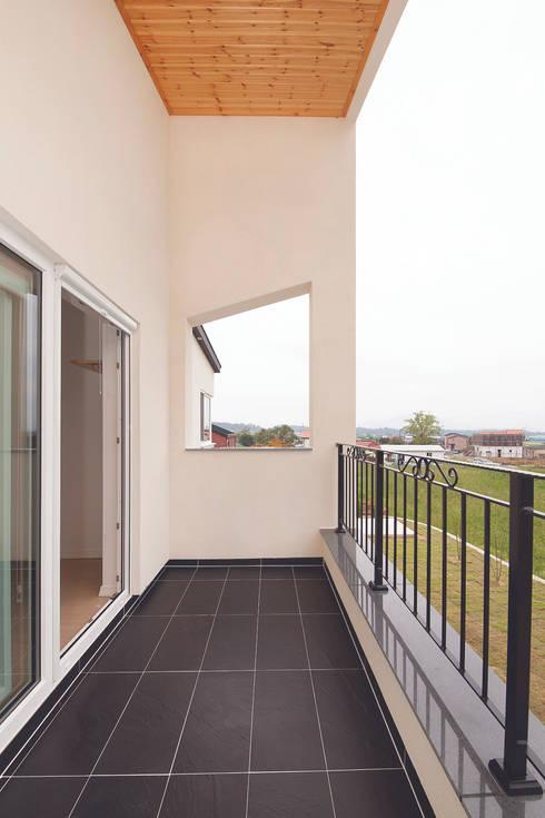 Terrace by (주)그린홈예진