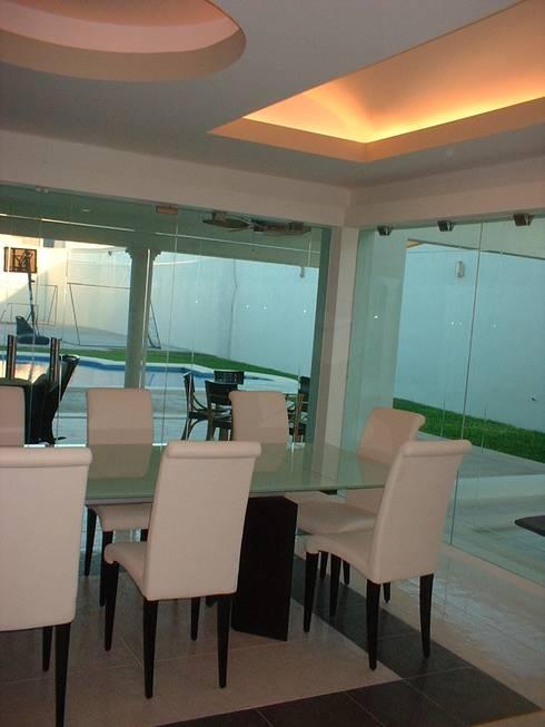 casa Beige : Comedores de estilo minimalista por SG Huerta Arquitecto Cancun