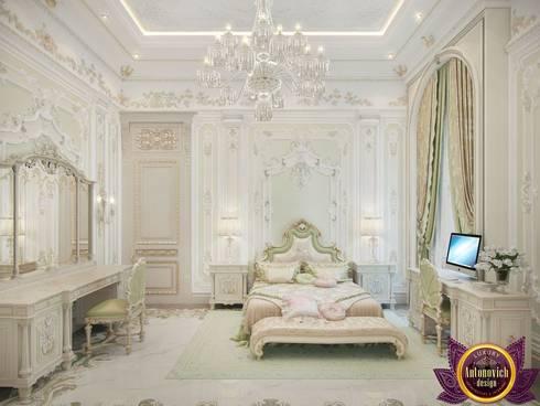 Master bedroom design ideas of Katrina Antonovich: classic Bedroom by Luxury Antonovich Design