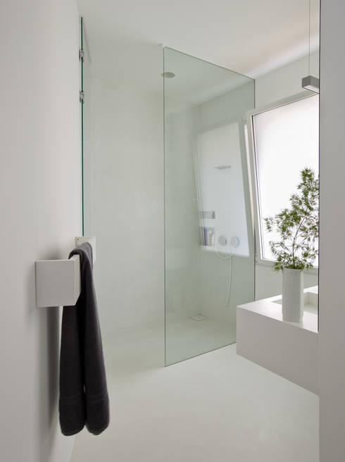 Projekty,  Łazienka zaprojektowane przez ABATON