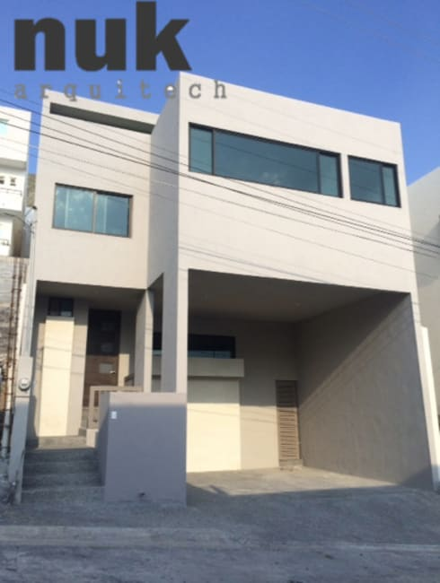 Casa Arrecife 85: Casas de estilo moderno por nuk arquitech