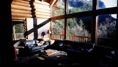 Cabaña Elite I: Salas de estilo rural por nuk arquitech